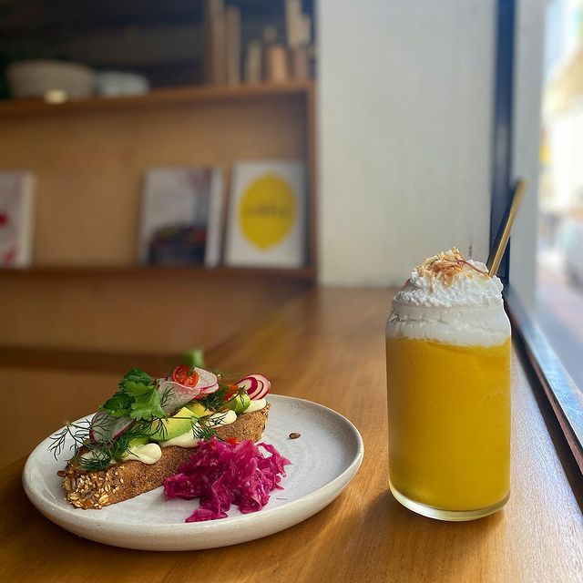 Brisbane City Cafe With Big Potential | $211k Owner Earnings